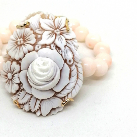 bracciale cammeo e corallo rosa