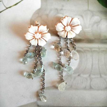orecchini fiore e topazio